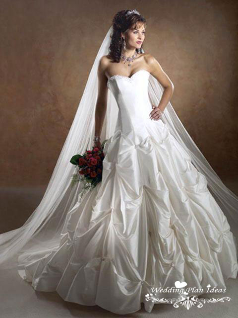 Beautiful wedding dress royal rose