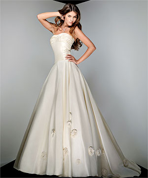 Famous Wedding Dress Designers on The New Wedding Gown On Fall 2011   Wedding Plan Ideas