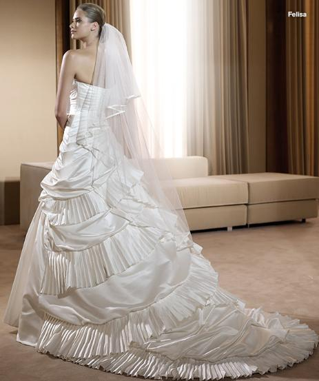 Classical Elegant Strapless Satin Wedding Dress Bridal Gown Back View