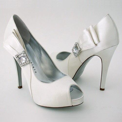 Selecting Comfortable Wedding Shoes
