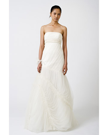 strapless wedding dress Spring 2011 collection by Vera Wang