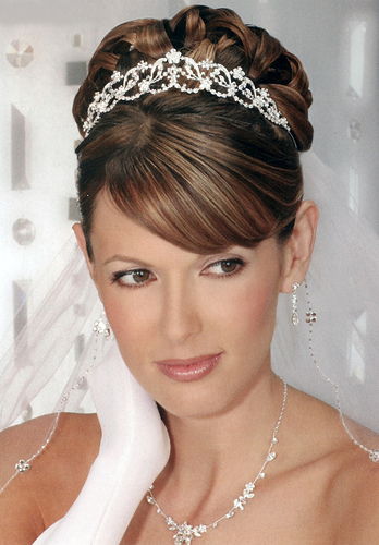 wedding hairstyle trends 2011