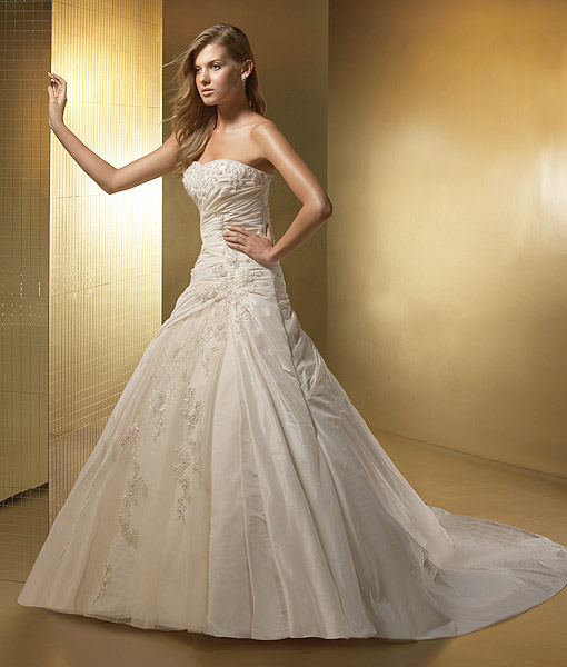 Wedding Dresses Ivory 107