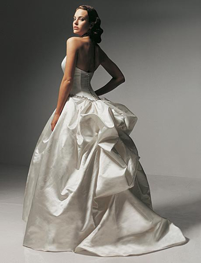 strapless wedding gown by vera wang