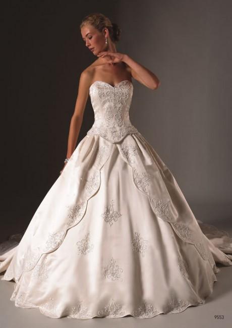 Ball gown Sweetheart Neckline Petite Wedding Dress
