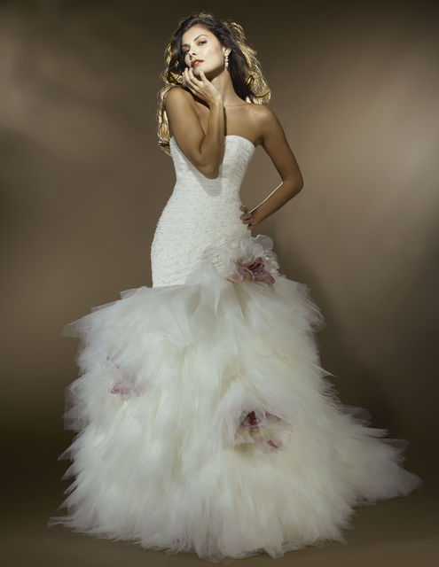 Beautiful strapless petite wedding dresses wedding plan for Wedding dresses for small women