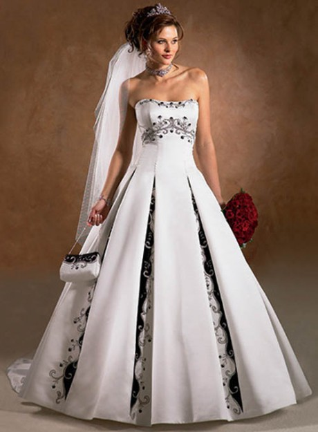 Luxury White Black Wedding Dress