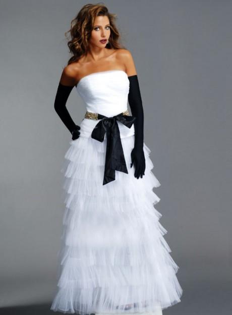 White Black Wedding Dress with Gloves